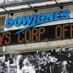 Индексы Dow Jones, S&P 500 в США показали спад